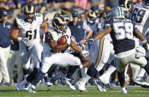 la-sp-rams-preseason-exhibition-dallas-cowboys-rams-coliseum-20160814-snap